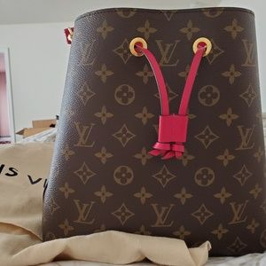 Louis Vuitton Neonoe Monogram Freesja/Fuchsia